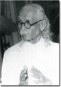 Свами Кувалаянанда